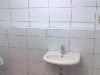 wastafel-in-toiletgroep-13l.jpg